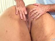 Masseur prepared special massage with several vibrators for his pretty BBW client 9