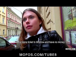 Public agent: czech girl earns by sex her ticket to Moscow