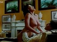 Сексуальные сцены из итальянских фильмов, в которых удивительные тёлочки готовы к страстным ласкам