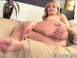 Mature woman is demonstrating her seductive body to cameraman for new sex tape