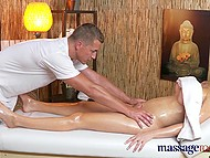 Masseur gets impressed with British client's awesome shapes and throws her a leg after treatments 5