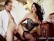 Alluring Kira Queen in corset and stockings doesn't need a lot of time to excite lover before sex