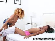 Two black-skinned babes come to visit white guy and give him sexual lesson 4