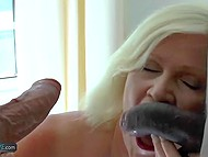 There were two women at dinner but man and black friend fucked blonde mature 9