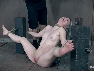 Experienced pervert tied up creamy-skinned colleen and tortured her in basement