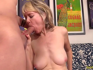Blonde mature female told about herself and began to tease clitoris before nice fuck