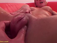 Boy with camera pumped pussy and anus of blonde babe and then penetrated her properly 4