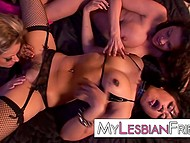 Two inventive MILFs console their unnerved girlfriend with amazing lesbian threesome