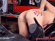 Red-haired lassie in black boots polishes clitoris and kneads titties in biker salon 8