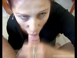 Mature Czech woman agrees to take money in exchange for a good blowjob