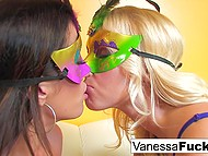 Elegant babe Vanessa Cage actively works with tongue to excite chesty brunette 3