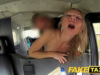 This time British cabbie familiarizes blonde Polish MILF with old tradition to fuck pretty passengers