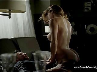 Горячие сцены из эротического фильма с возбуждёнными тёлками и могучими самцами