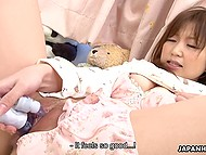 Japanese babe of eighteen doesn't need to be taught of using her modern adult toy