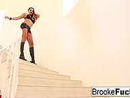 Stunning MILFs Brooke Banner and Claudia Valentine use tongues to please one another 4