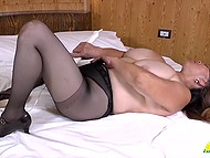 Mature minxes specially film solo video and every man can see how they play with pussies 9