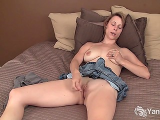 Playful MILF stimulates her clit and feels how nipples are getting hard to squeeze them