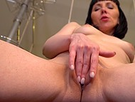 Mature brunette comes in kitchen and starts rubbing juicy split with hot fingers 6