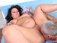 Bbw have fun on couch