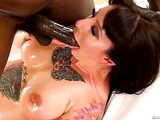 Deepthroat blowjob by tattooed MILF with huge boobies made black dude cum with ease