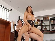 Youngster did everything possible to please huge-boobied boss Jaclyn Taylor in office 11