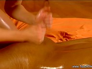 If somebody doesn't know how to give nude massage this video will make it clear 4