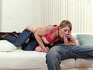 Парень никак не мог надеть презерватив, но появилась мачеха и позаботилась о всех проблемах 6