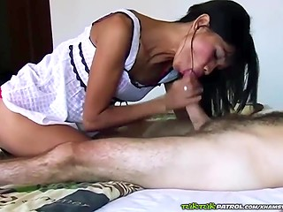 Fragile woman of easy virtue from Thailand offers full service to hairy client in amateur clip