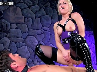 Blonde mistress analyzed chained slave with strapon and now it's time for her pussy to get pleased
