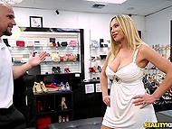 Complaisant shop assistant helps stacked MILF to choose new heels and receives deepthroat bj 5