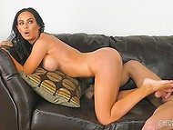 Hairless fucker needs to thank glamour brunette for deepthroat and leads her to squirt 8