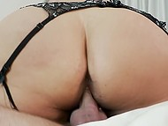 Tattooed lovelace did everything possible to satisfy luxurious BBW in fishnet stockings 8