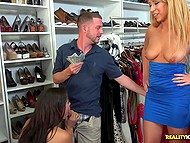 Seller in clothing store offers money to Latina and white blonde to receive blowjob 10