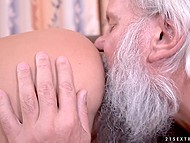 Full-breasted babe helps old bearded man with solving crossword puzzle and received rimming in thanks 7
