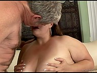 Grey-haired man licks vagina of chubby female who sits on his face and soon understands that it's time to fuck her 3