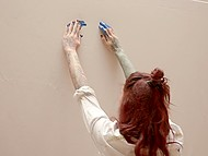 Red-haired Spanish painter feels the inspiration every time boyfriend presents her cunnilingus 9