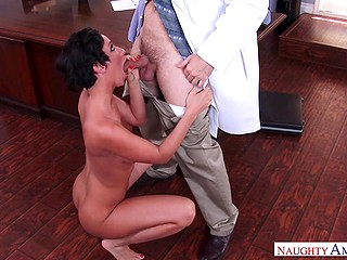 Raunchy doctor needs to lick and fuck Jada Stevens' pussy for right diagnosis