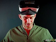 Man checks VR headset during sex with super-hot lovely Alessandra Jane 4