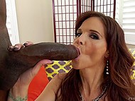 Stacked MILF Syren Demer masturbates asshole with dildo in the run-up to interracial anal sex 6