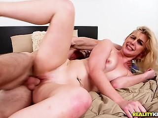 najbolji prijatelji mama porno videa