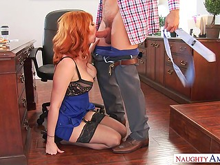 Sexy figure of secretary haunts boss and once he dares to take and shove cock in her mouth
