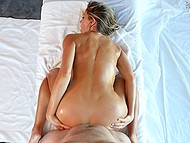 Visiting parlor is always happiness for busty MILF because she wants to tempt massage therapist 8