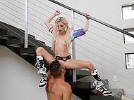 Muscular man has fun with petite blonde Piper Perri dressed like Harley Quinn 6
