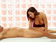 Dick got hard and masseuse understood it was a good chance to earn extra money for sex 4
