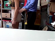 Hottie with watering eyes is in trouble so now she is required to orally satisfy head of security 5