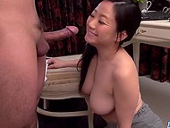 Appetizing Japanese nurse Saya Niiyama uses her own oral therapy technique 5
