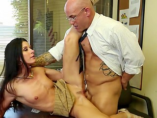 Attractive businessman with glasses is ready to nail small-tittied MILF just to obtain credit