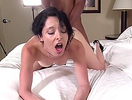 After pussyfucking brunette lubricates big black cock to be analyzed without any problem