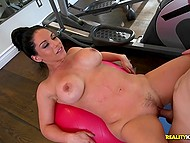 Incredibly hot chick Bella Reese instead workout wanted to be nailed by curious guy