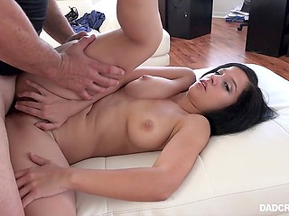 Stepdad fucks ravishing Latina girl and she lets his sperm flow out spreading it with hands